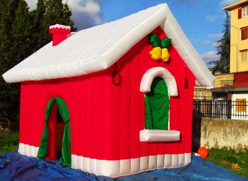 Casetta Di Natale Gonfiabile : Casetta gonfiabile natalizia